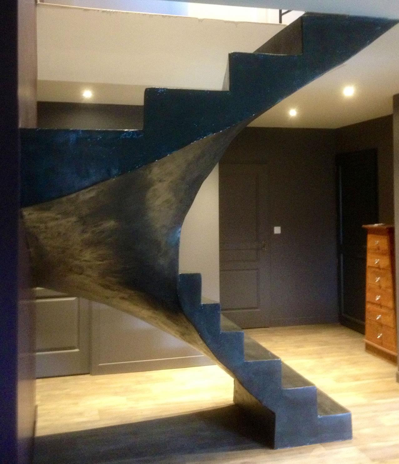 beton cire sur bois beautiful bton cir associ meubles en bois massif pour un style industriel. Black Bedroom Furniture Sets. Home Design Ideas